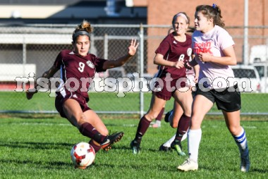 https://s3.amazonaws.com/risportsphoto2/Soccer/Girls%20Soccer%202017/Coventry%20LaSalle%20Girls%20Soccer%20October%2017%202017/Coventry-LaSalle_Academy-Girls-Soccer-October-17-2017_slider.jpg