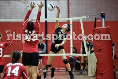 https://s3.amazonaws.com/risportsphoto2/Volleyball/Girls%20Volleyball%202017/Coventry%20North%20Kingstown%20Girls%20Volleyball%20September%2018%202017/Coventry-North_Kingstown-Girls-Volleyball-September-18-2017_slider.jpg